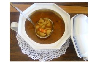 Sopa rica de pescado
